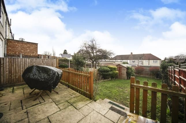 Thumbnail End terrace house for sale in Leafield Road, Sutton