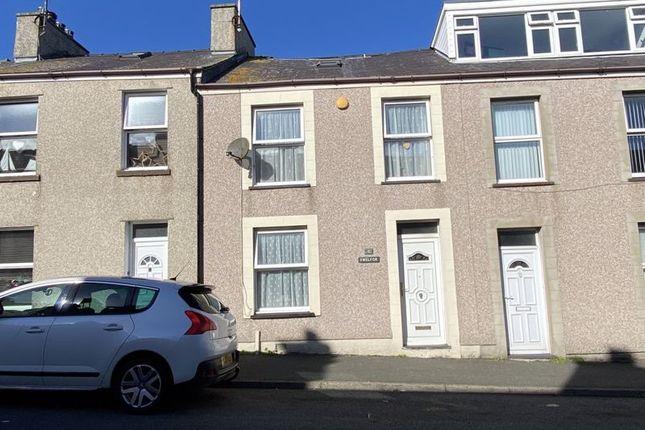 Thumbnail Terraced house for sale in Newry Fawr, Holyhead