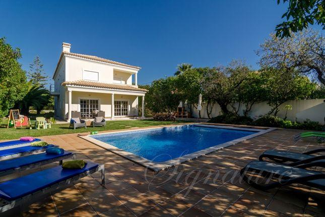 Villa for sale in Almancil, Loule, Algarve, Portugal