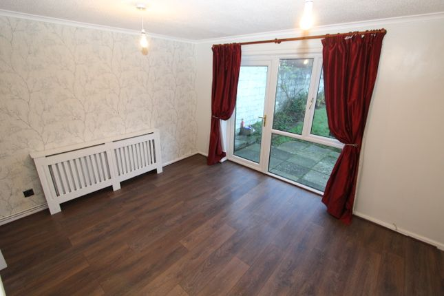 2 bed terraced house to rent in Lake View Close, Plymouth