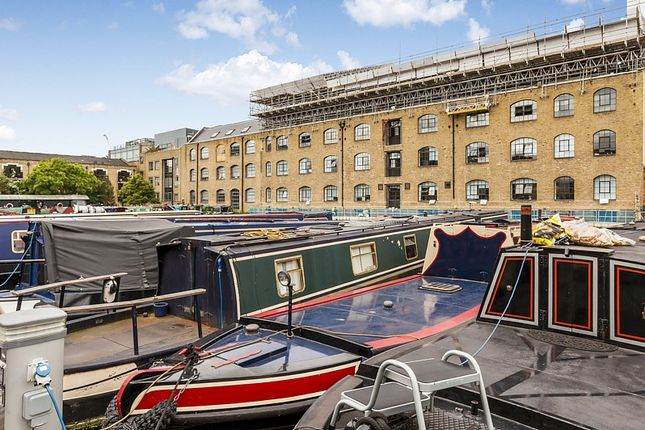 Thumbnail Houseboat for sale in Ice Wharf Marina, London