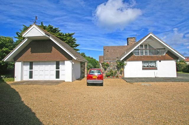 Thumbnail Detached bungalow for sale in La Heche, Alderney