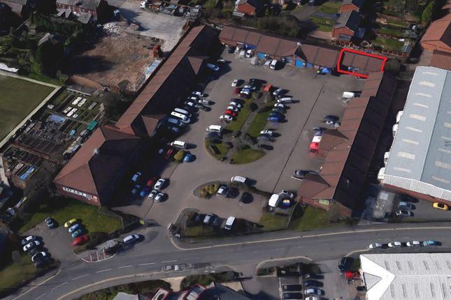 Industrial to let in Kid Glove Road, Golborne