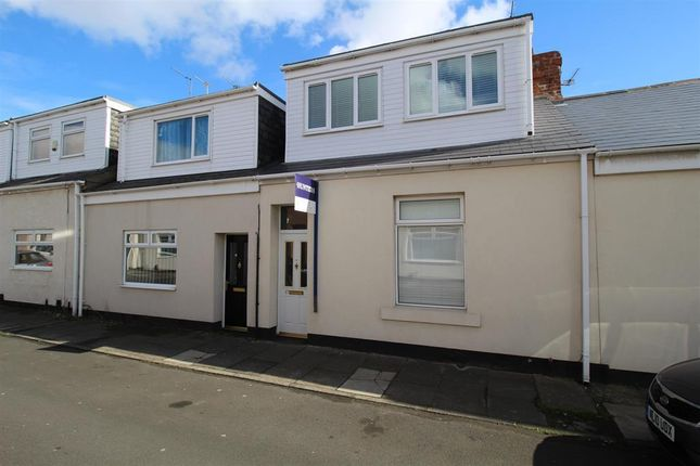 Thumbnail Cottage for sale in Stanley Street, Sunderland, Tyne And Wear