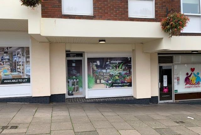 Retail premises to let in 25 Bridge Street, Newcastle, Staffordshire