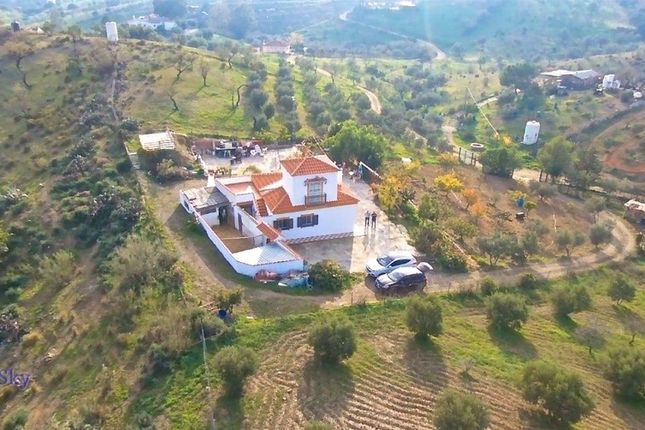 4 bed country house for sale in Almogia, Málaga, Spain