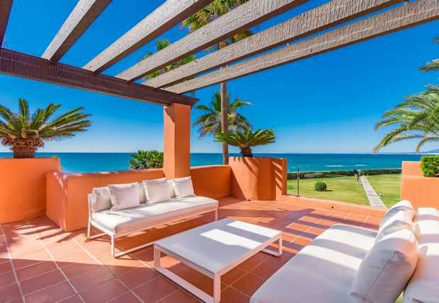 Thumbnail Apartment for sale in Los Monteros Playa, Marbella East, Costa Del Sol