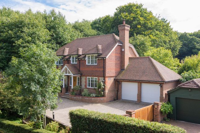 Thumbnail Detached house for sale in Bearsted Road, Weavering