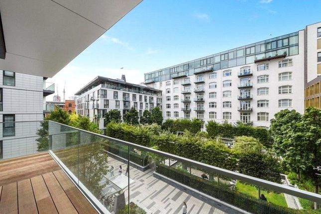 Thumbnail Flat for sale in Perilla House, Goodman's Fields, Aldgate, London