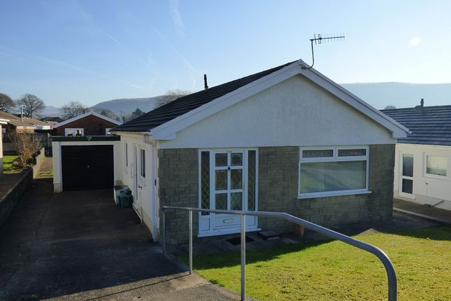 Thumbnail Bungalow to rent in Kingrosia Park, Clydach, Swansea.