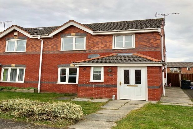 Thumbnail Property to rent in Chesham Court, Ellesmere Port