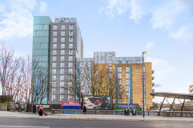 Flat to rent in Station Approach, Walthamstow