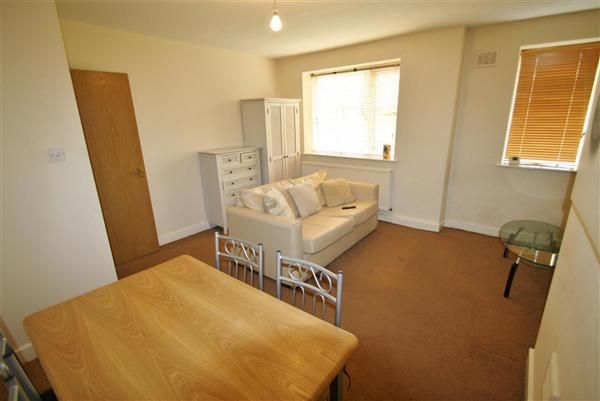 Thumbnail Flat to rent in Eccles New Road, Salford