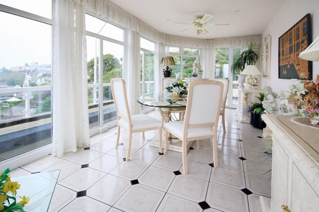 Imperial Court Torquay Tq1 3 Bedroom Flat For Sale