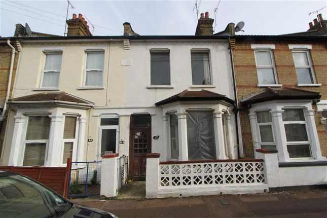 Thumbnail Terraced house to rent in Gordon Road, Southend On Sea, Essex