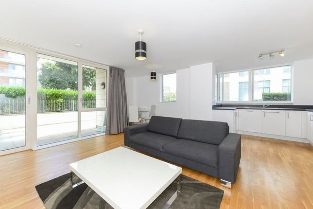 Thumbnail Flat to rent in Clayponds Lane, Great West Quarter