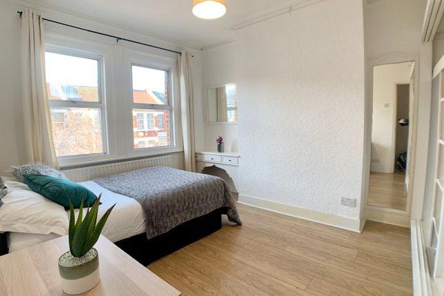 Thumbnail Room to rent in Harringay Road, London, London, London, London