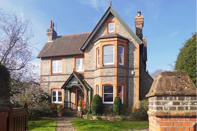 Thumbnail Property for sale in Hamilton Road, Reading
