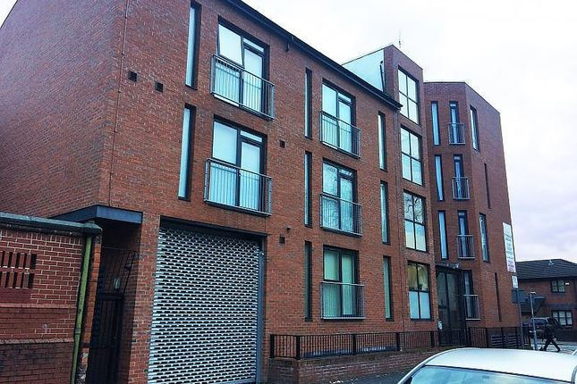 Thumbnail Flat to rent in Great Western Street, Manchester