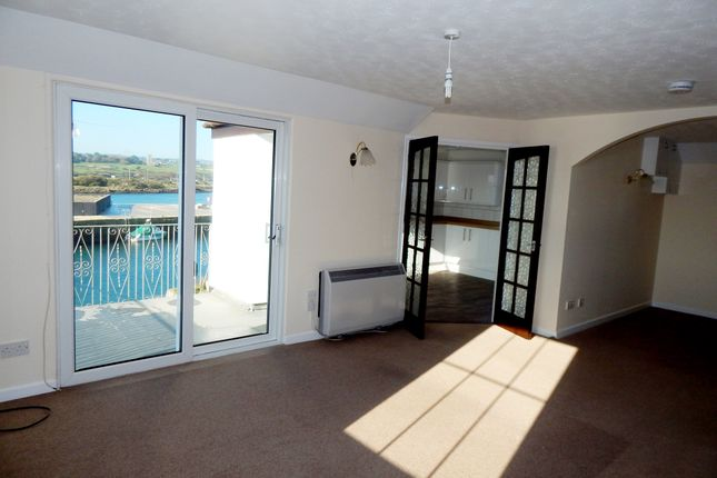 Thumbnail Flat to rent in 1B East Quay, Hayle, Cornwall