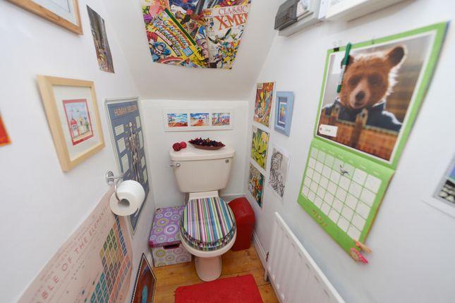Toilet of Brookbank Avenue, Brockwell, Chesterfield S40