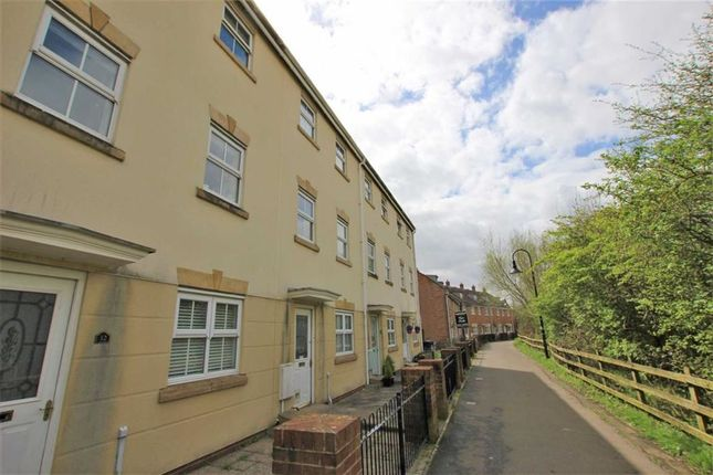 Thumbnail Town house to rent in Badgers Way, Weston-Super-Mare