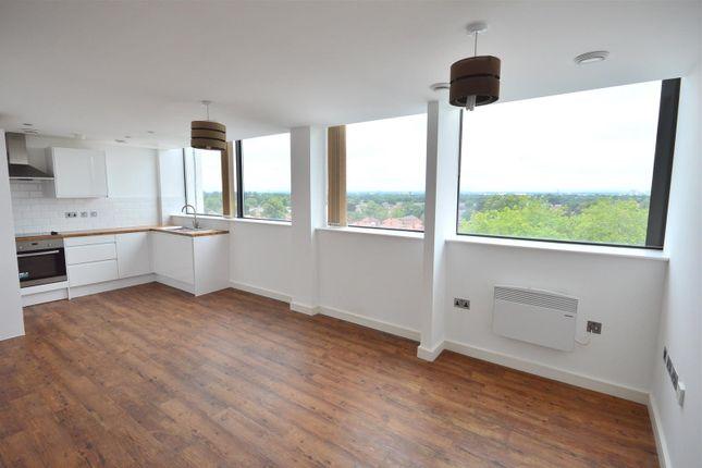 Thumbnail Flat to rent in Ashton Lane, Sale