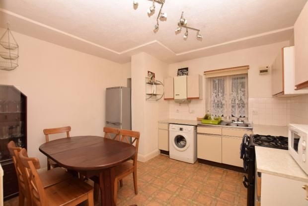 Thumbnail Flat to rent in New North Road, Islington