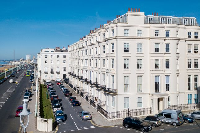Thumbnail Flat for sale in Percival Terrace, Brighton
