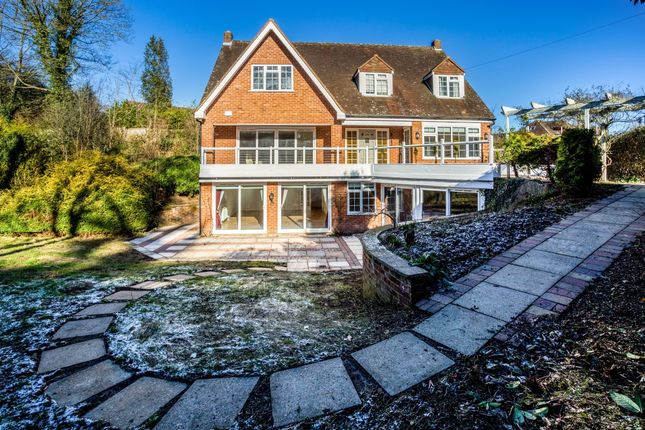Thumbnail Detached house to rent in Hockett Lane, Cookham, Maidenhead