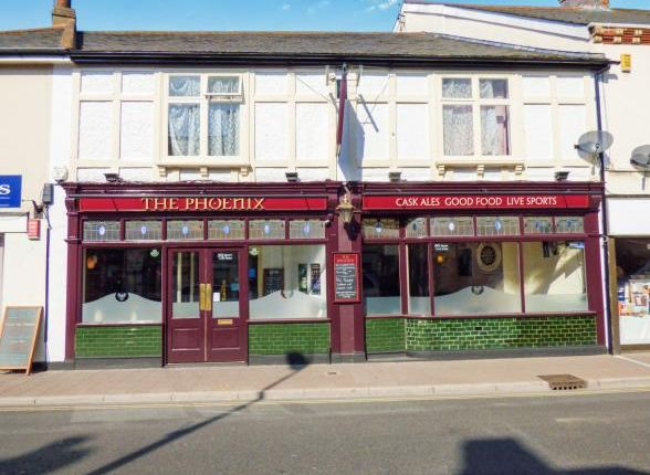 Pub/bar for sale in 31 Exeter Road, Exmouth, Devon