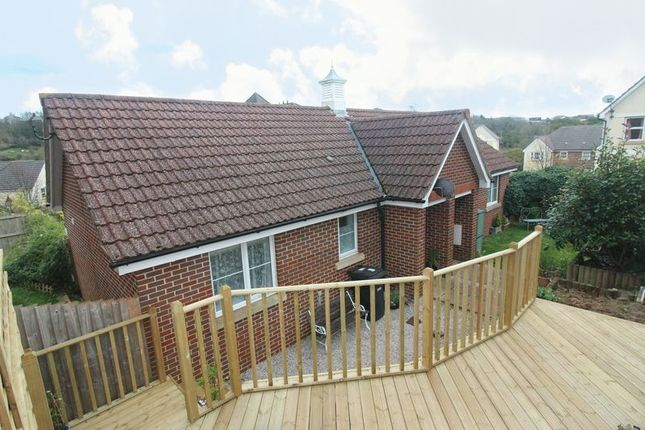 Bungalow to rent in Isaac Grove, Torquay