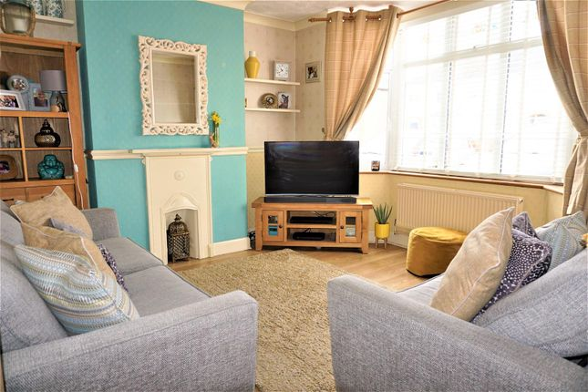 Lounge of Lyndhurst Avenue, Ipswich IP4