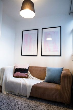 Room to rent in 92 Cable Street, London