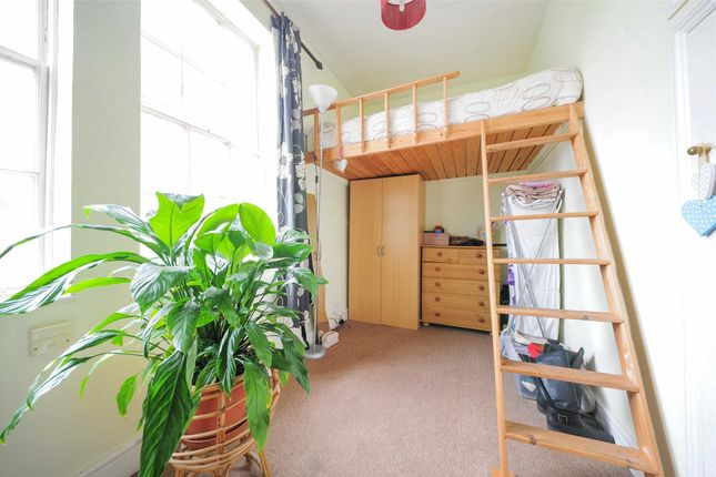 1 bed flat to rent in Weymouth Street, Bath, Somerset BA1