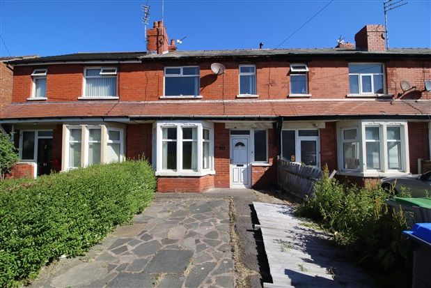 Thumbnail Property to rent in Powell Avenue, Blackpool