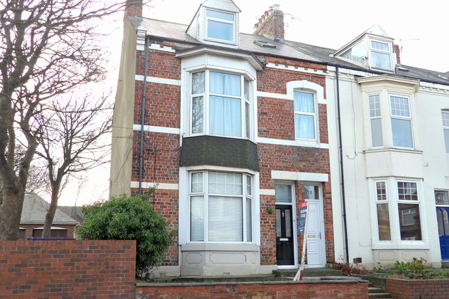 Thumbnail Maisonette to rent in Horsley Hill Road, South Shields