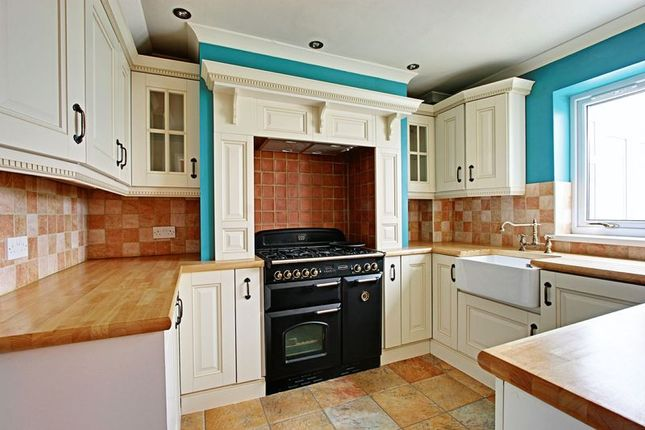 Thumbnail Semi-detached house for sale in Downfield Avenue, Hull