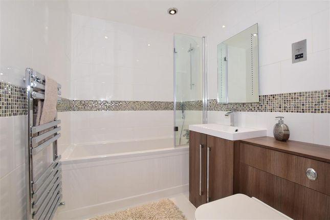 Bathroom of California Close, Sutton, Surrey SM2
