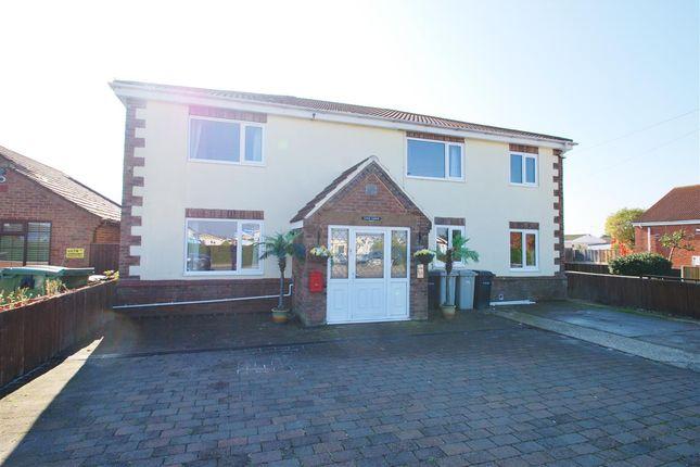 Thumbnail Detached house for sale in Sea Lane, Ingoldmells, Skegness