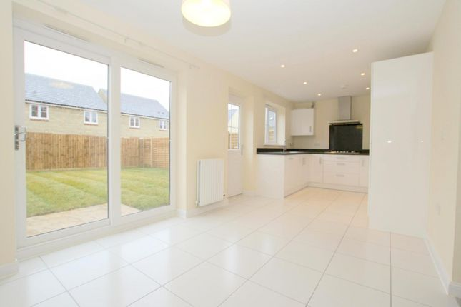 Thumbnail Detached house to rent in Little Grebe Road, Bishops Cleeve, Cheltenham