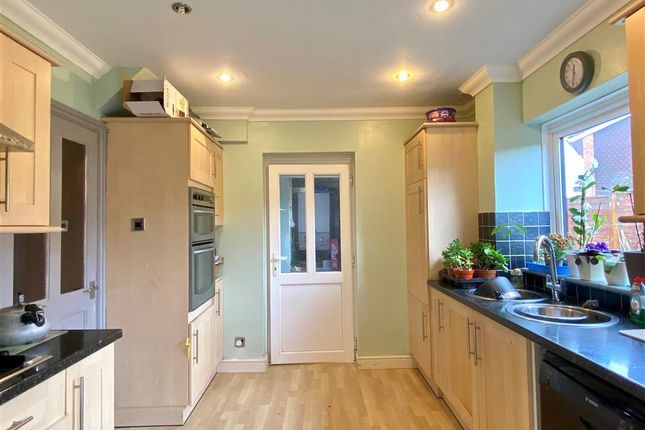 Kitchen of Devereux Close, Hereford HR1