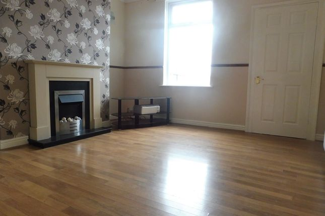 4 bed terraced house for sale in Coronation Terrace, Ardsley, Barnsley