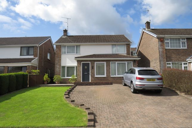 Thumbnail Detached house for sale in Ffordd Y Gollen, Tonteg, Pontypridd