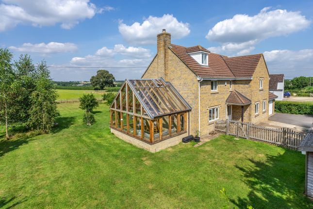 5 bed detached house for sale in Brinkworth, Chippenham SN15