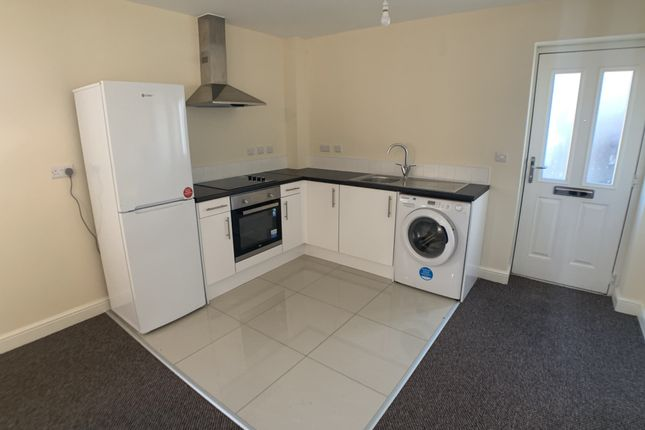 1 bed flat to rent in Moorcroft Apartments, Mcconnel Crescent, New Rossington DN11