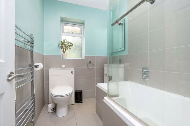 Family Bathroom of St. Johns Parade, Sidcup High Street, Sidcup DA14