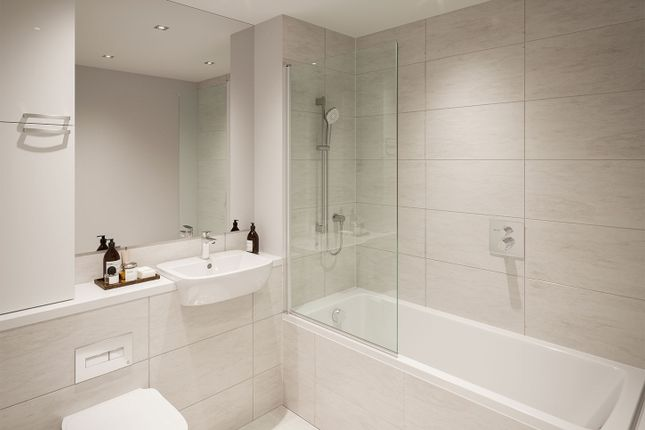 """Typical Bathroom of """"Lime Quarter Tower Type 11"""" at Devons Road, London E3"""