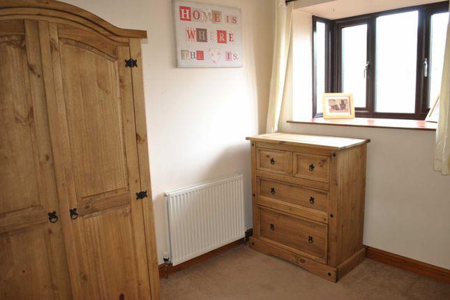 Bedroom 2 of Arrunden Court, Dunford Road, Holmfirth HD9