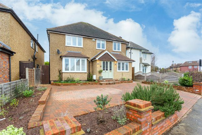 Thumbnail Detached house for sale in Topstreet Way, Harpenden, Hertfordshire